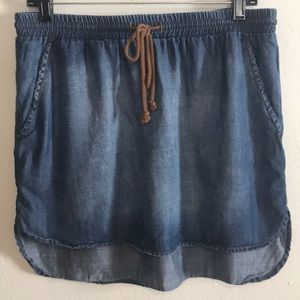 Cloth & Stone Anthro Chambray Shirttail Skirt Sz M